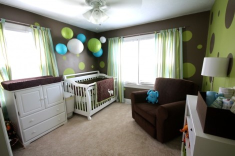 lime-green-and-chocolate-baby-boys-nursery-700x466
